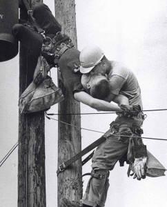 robotnik ratuje